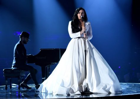 This is a major breakthrough for Demi Lovato as she preforms her new song.